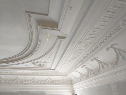 reconstructie stucplafond, restauratie moluren
